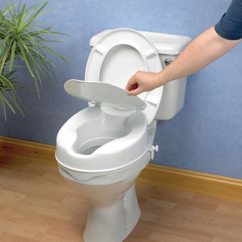 Savanah Raised Toilet Seat with Lid